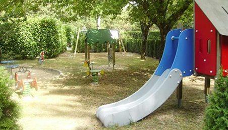 Jeux plein aires pour enfant